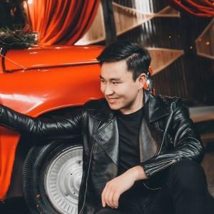 Minur Altynbekov