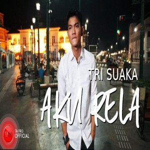 Tri Suaka's Photo