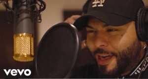 Pa La Calle Music Video