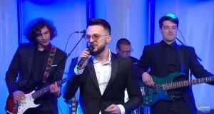 Zena Kako Ti (Live)
