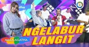 Ngelabur Langit Music Video