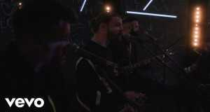 Let's Be Lovers Tonight (Neon Acoustic Session)