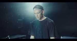 9.3 Music Video