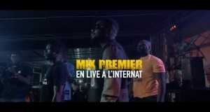 Live À L'internat À Abidjan