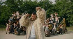 Hoy Se Lia Music Video