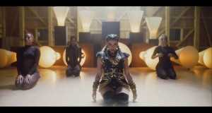 Rebelde Music Video